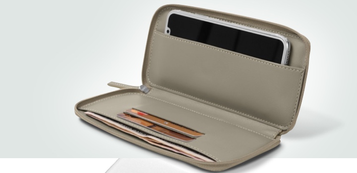 Zipped leather pouch for iPhone X - Light Taupe - Smooth Leather